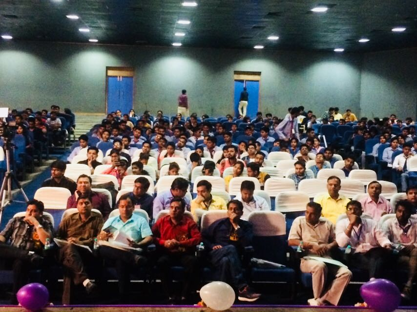 National Seminar at Rajiv Academy for Pharmacy, Mathura